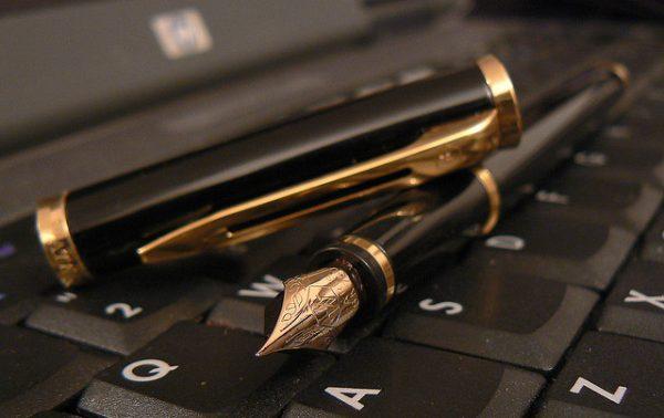 文章で集客、商品を販売するプロであるWebセールライターが支援