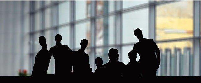 経営者とマスターマインド。ビジネスの成長と成功にモチベーショングループは欠かせない