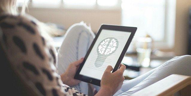 集客ブログの書き方を説明。なぜ記事を書くのにたくさんの人気ブログを読むのか?
