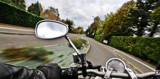スピードはすべてを引き寄せ、行動の遅れは多くを失う