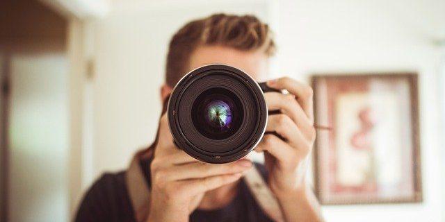 【ホームページ制作の基本】あなたのプロフィール写真を輝かせる4つのコツ